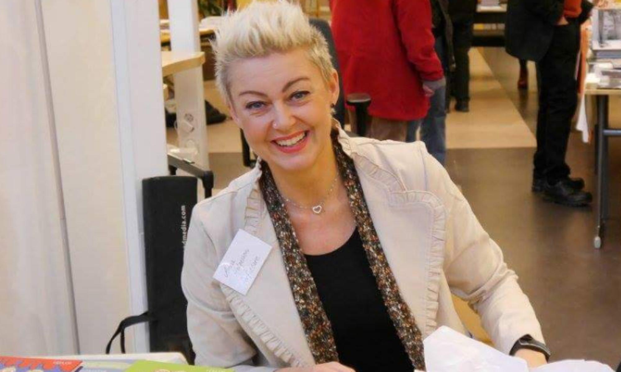 anna helgesson - författare